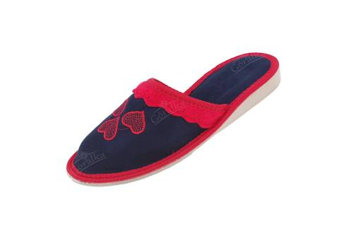 Pantofle damskie profilowane welurowe granat serca