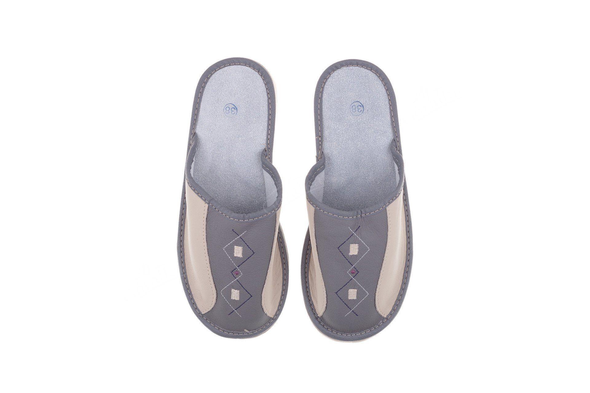 Pantofle skórzane kryte profilowane szare · Pantofle skórzane kryte  profilowane szare ... d72207844b