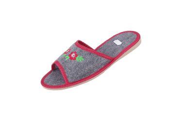 Kapcie filcowe pantofle góralskie z haftem niskie czerwone