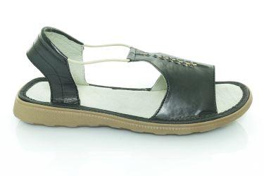Sandały skórzane płaskie z gumką czarne