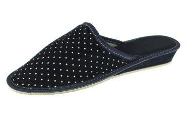 Pantofle z aksamitu na klinie z krytymi palcami granatowe