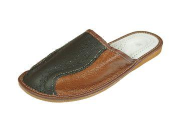 Kapcie skórzane profilowane eleganckie pantofle czarne z brązem