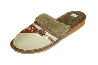 Pantofle ocieplane damskie w kolorach brązu i kawy