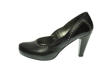 Buty skórzane czółenka na platformie stylizowane folkowe czarne