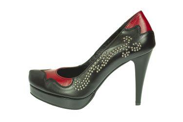 Buty skórzane góralskie czółenka szpilki na platformie z czerwonym wykończeniem