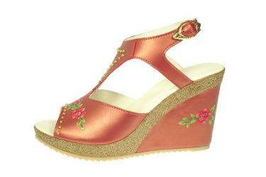 Sandały skórzane góralskie stylizowane na koturnie malowane